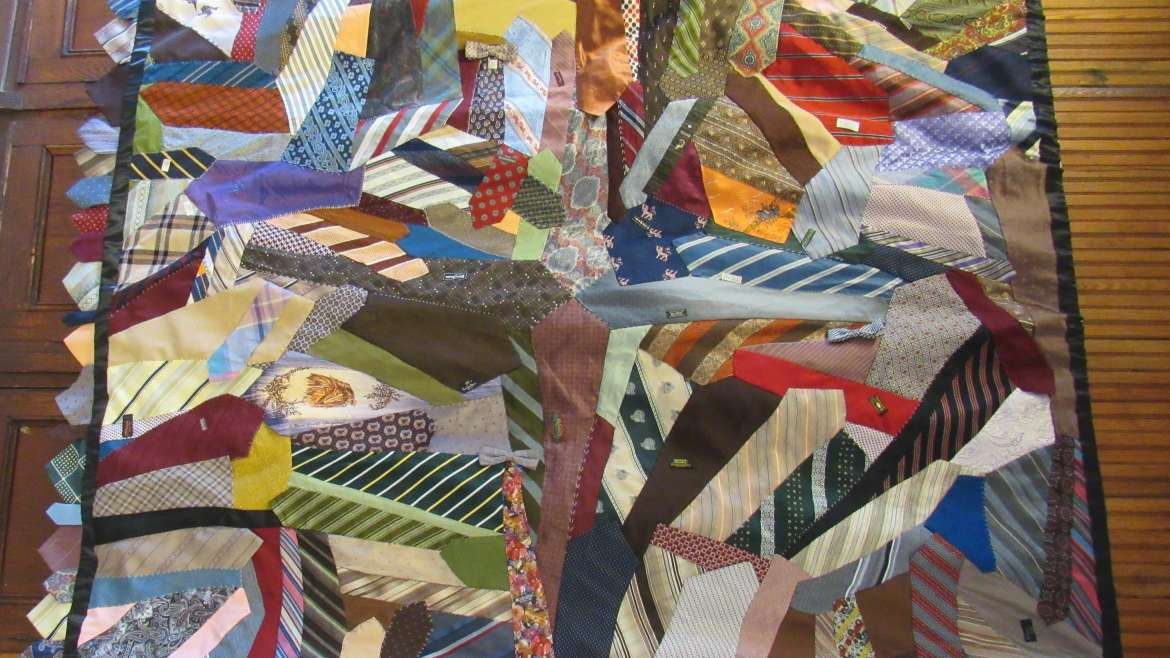 More photos: May 19 quilt exhibit at St. Luke's
